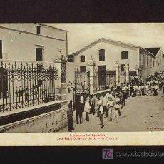 Postales: POSTAL DE JEREZ DE LA FRONTERA (CADIZ): PEDRO DOMECQ: ENTRADA DE LOS OPERARIOS (ANIMADA). Lote 3748494