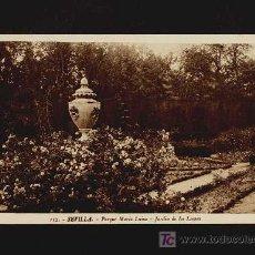 Postal de SEVILLA: Parque Maria Luisa, jardin de los leones (Roisin num.112)