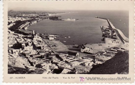 ALMERIA.EDICIONES AISA. VISTA DEL PUERTO. (Postales - España - Andalucia Moderna (desde 1.940))