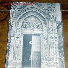 Postales: ANTIGUA POSTAL DE SEVILLA - CATEDRAL PUERTA DEL CAVARIO - ABELARDO LINARES - SIN CIRCULAR. Lote 2111371