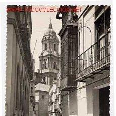 Postais: MALAGA, TIPICO VENDEDOR DE PESCADO EN CALLE SAN AGUSTIN. ED. DOLORES DE OÑA Nº 278. CIRCULADA. Lote 2903711