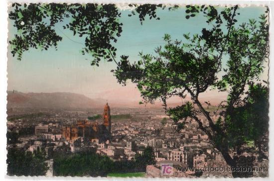 TARJETA POSTAL DE MALAGA. VISTA GENERAL. FOTO DIEGO CORTES (Postales - España - Andalucía Antigua (hasta 1939))