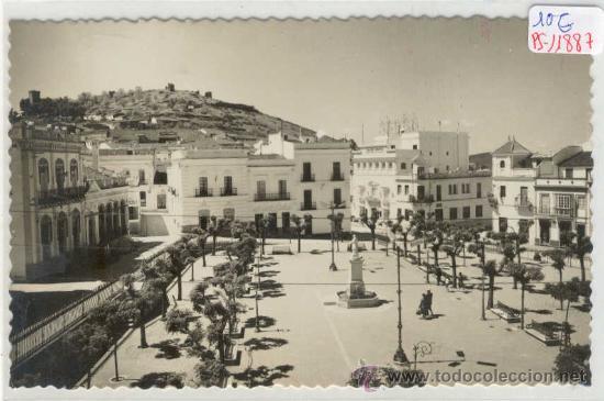 (PS-11887)POSTAL DE ARACENA(HUELVA)-VISTA PARCIAL PLAZA MARQUES DE ARACENA (Postales - España - Andalucia Moderna (desde 1.940))
