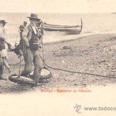 Postales: MÁLAGA- VENDEDOR DE PESCADO. Lote 13987791