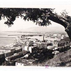 Postales: TARJETA POSTAL DE MALAGA. VISTA PARCIAL DESDE GIBRALFARO. FOTO DIEGO CORTES. Lote 14217371