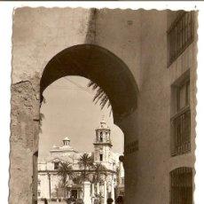 Postales: CÁDIZ - ARCO DE LA ROSA 1961. Lote 14782402