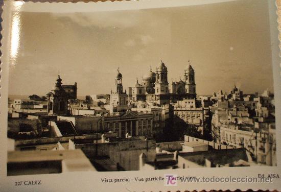 CÁDIZ. VISTA PARCIAL. ED. AISA 227. AÑOS 50 (Postales - España - Andalucia Moderna (desde 1.940))