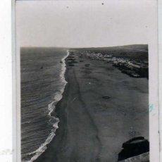 Postales: MÁLAGA. TORREMOLINOS. Nº 46. PLAYA DE TORREMOLINOS. L. ROISIN. ESCRITA. . Lote 19572626