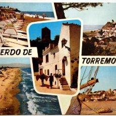 Postales: MALAGA. TORREMOLINOS. PLAYA. VISTA PARCIAL. CALLE TIPICA. PLAYA ROCA.. Lote 23654297