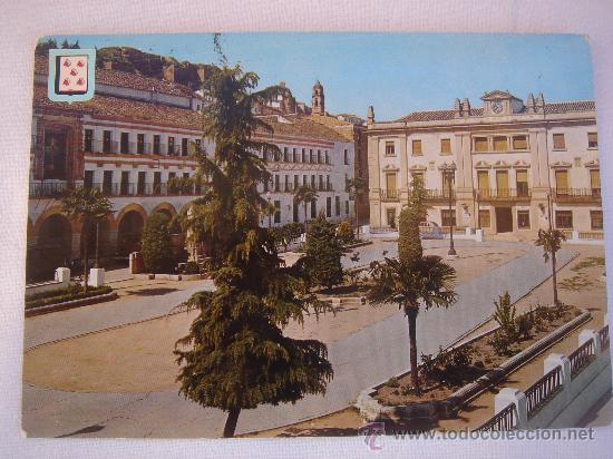 BAENA. PLAZA DEL GENERALÍSIMO. CIRCULADA, ESCRITA Y CON SELLO DE 1 PTA DE FRANCO (23-IV-67) (Postales - España - Andalucia Moderna (desde 1.940))
