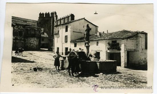 BAEZA (JAEN).- FOTOGRÁFICA .- (Postales - España - Andalucia Moderna (desde 1.940))
