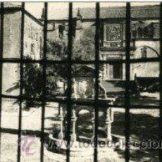 Postales: BAEZA (JAEN). FUENTE DE SANTA MARIA. CASAS CAPITULARES Y CATEDRAL. ED. ARRIBAS Nº 1019. FOTOGRÁFICA.. Lote 29174080