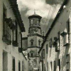 Postales: BAEZA (JAEN).- CALLE TÍPICA Y AL FONDO SAN JUAN EVANGELISTA.- EDIC. ARRIBAS Nº 1004.- FOTOGRÁFICA.. Lote 29174781