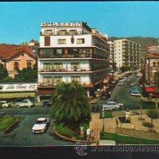 Postales: TARJETA POSTAL DE TORREMOLINOS - AVENIDA MANANTIALES. SERIE B A - 50. MONTERO. Lote 35528827