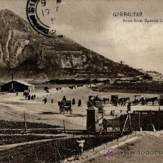 Postales: GIBRALTAR .ROCK FROM SPANISH LINES. Lote 37656678