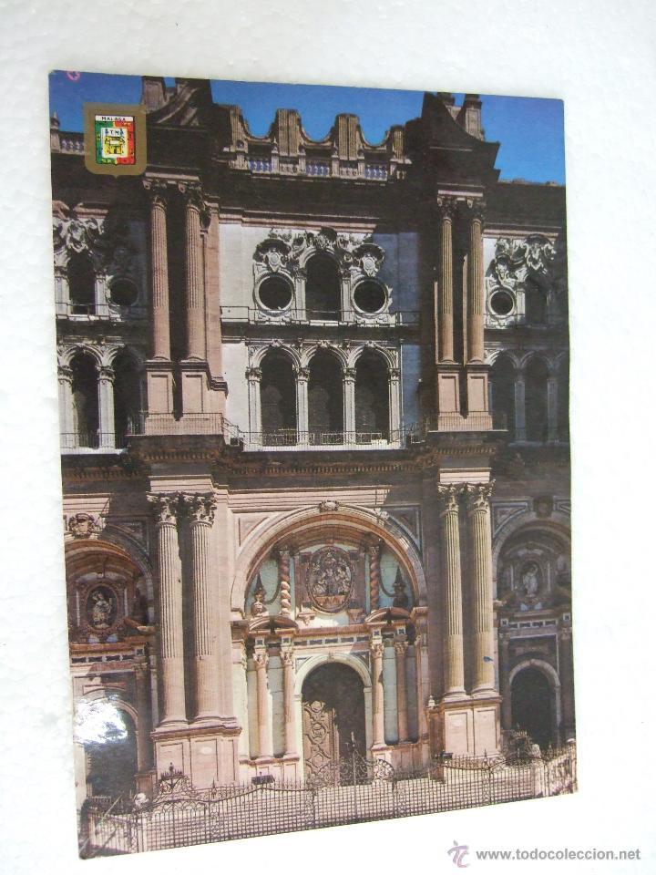 POSTAL MALAGA - FACHADA PRINCIPAL DE LA CATEDRAL - 1979 - SIN CIRCULAR (Postales - España - Andalucia Moderna (desde 1.940))