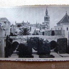 Postales: BONITA POSTAL - SEVILLA Nº 14 - VISTA DE LA TERRAZA. PALACIO ARABE - ESCRITA - AÑOS 50. Lote 41725148