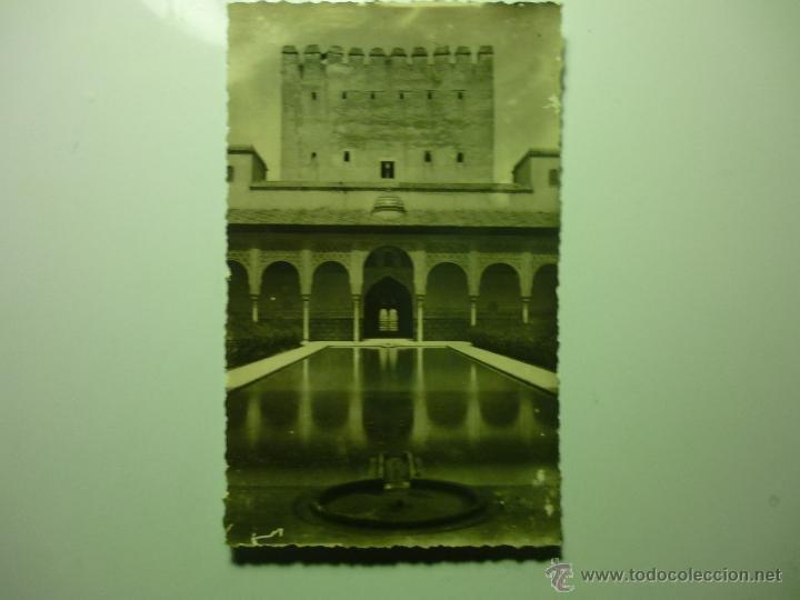 POSTAL GRANADA .-ALHAMBRA PATIO LEONES (Postales - España - Andalucia Moderna (desde 1.940))