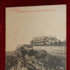 Postales: ANTIGUA POSTAL DE RONDA. MALAGA. HOTEL REINA VICTORIA. FOTPIA. THOMAS. CIRCULADA. Lote 180324653