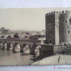 Postales: POSTAL CORDOBA, PUENTE ROMANO Y MEZQUITA AL FONDO . Lote 43638100