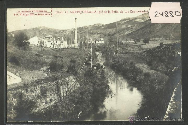 ANTEQUERA - AL PIE DE LA PEÑA DE LOS ENAMORADOS - FOTOGRAFICA - J.BURGOS - (24880) (Postales - España - Andalucía Antigua (hasta 1939))