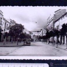 Postales: 26.JEREZ DE LA FRONTERA.CALLE DEL GENERAL FRANCO.ED.ARRIBAS.SIN CIRCULAR.. Lote 46431782