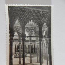 Postales: GRANADA, ALHAMBRA: PATIO DE LOS LEONES. Lote 47787968