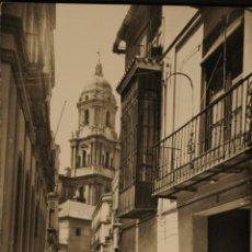 Postales: MALAGA - VENDEDOR DE PESCADO - FOTOGRAFICA CIRCULADA Y DORSO DIVIDIDO. Lote 50206181