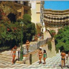 Postais: MALAGA - TORREMOLINOS - BAJADA A LA PLAYA - CIRCULADA. Lote 51806191