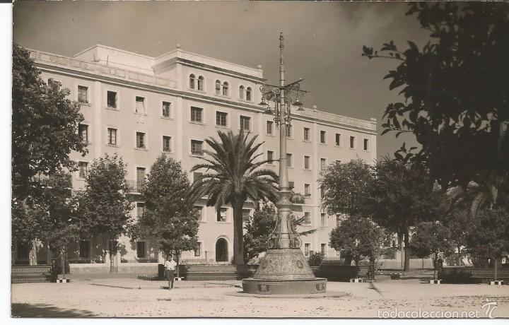 ALGECIRAS - PARQUE REINA CRISTINA Y PABELLÓN MILITAR - Nº 409 (Postales - España - Andalucia Moderna (desde 1.940))