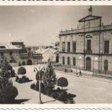 Postales: LINARES - PLAZA DEL AYUNTAMIENTO - Nº 23 ED. PAP. ORTA. Lote 59977967