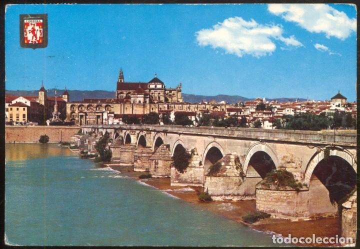 778 - CORDOBA.- PUENTE ROMANO. AL FONDO VISTA PARCIAL (Postales - España - Andalucia Moderna (desde 1.940))