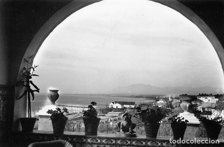 MARBELLA (MÁLAGA).- ARTISTICA. VISTA DESDE EL FUERTE (Postales - España - Andalucia Moderna (desde 1.940))