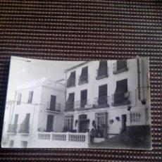 Postales: POSTAL BALNEARIO DE TOLOX PENSION SAN ROQUE AÑO 1965 EDICIONES DOMINGUEZ SIN CIRCULAR Y MUY ESCASA. Lote 90343848