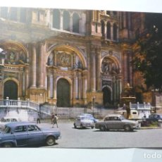 Postales: POSTAL MALAGA -CATEDRAL COCHES. Lote 95932139