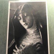 Postales: ANTIGUA Y RARA FOTOGRAFÍA POSTAL VIRGEN SOLEDAD IGLESIA SANTA ANA GRANADA TORRES MOLINA FOTOGRAFIA. Lote 105326643