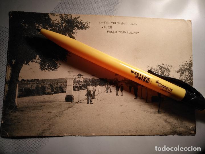 ANTIGUA POSTAL : PASEO CANALEJAS VEJER DE LA FRONTERA - CADIZ - VEJER. ED FOT EL TREBOL Nº 5 (Postales - España - Andalucía Antigua (hasta 1939))