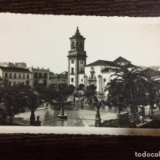 Postales: ALGECIRAS- PLAZA DEL GENERALÍSIMO Y PARROQUIA DE NTRA. SRS. DE LA PALMA - NUM. 22 ARRIBAS. Lote 113737955