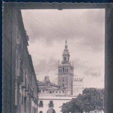 Postales: POSTAL SEVILLA 151 - LA GIRALDA DESDE EL PATIO DE BANDERAS - GARRABELLA - CIRCULADA. Lote 117756135