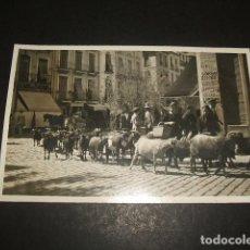 Postkarten - GRANADA REBAÑO DE CABRAS EN CALLE POSTAL FOTOGRAFICA HACIA 1920 - 122573695