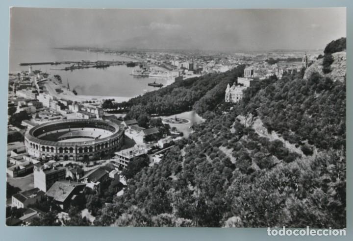 ANTIGUA POSTAL MALAGA VISTA DESDE GIBRALFARO – EN BLANCO Y NEGRO SIN CIRCULAR – EN PERFECTO ESTADO (Postales - España - Andalucia Moderna (desde 1.940))