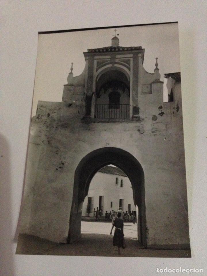 Postales: Postal antigua,2-utrera,arco y pierta de la villa (siglo XIV). - Foto 2 - 133400010