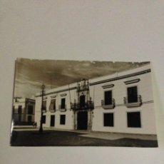 Postales: POSTAL ANTIGUA,15-UTRERA,EXCMO. AYUNTAMIENTO-FACHADA.. Lote 133408371