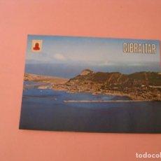 Postales: POSTAL DE GIBRALTAR. VISTA GENERAL AÉREA Y PEÑÓN. ED. SUBIRATS CASANOVAS. Lote 133581838