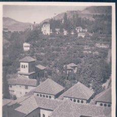 Postales: POSTAL GRANADA - LA ALHAMBRA - VISTA PANORAMICA DEL PATIO DE LOS LEONES - GARRABELLA. Lote 139887118