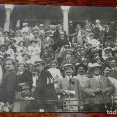 Postales: FOTOGRAFIA DE LA 5º CORRIDA DE TOROS DE LA FERIA DE ALGECIRAS, CADIZ, PUBLICO DE LA PLAZA DE TOROS, . Lote 141546254