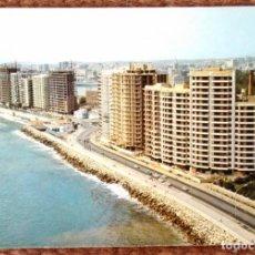 Postales: MALAGA - PASEO MARITIMO. Lote 144696762
