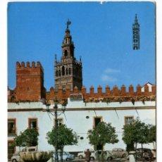Postales: EM1340 SEVILLA LA GIRALDA DESDE EL PATIO BANDERAS 1969 ZERKOWITZ Nº14 COCHES. Lote 163449726