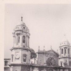 Postales: POSTAL DE CADIZ - SANTA CATEDRAL - FACHADA PRINCIPAL. Lote 163774670