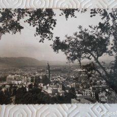 Postales: MALAGA. VISTA GNENRAL. POSTAL ESCRITA Y SELLADA DE LOS AÑOS 50.. Lote 172330578